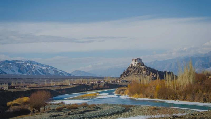 Overland – Highways To Ladakh Package