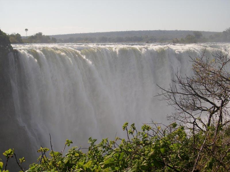 Zimbzbwe Panorama Trip Featuring Chobe Tour