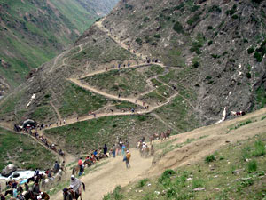 Delhi - Manali - Pangong Lake - Leh - Ladakh Tour