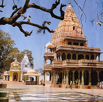 Omkareshwar Temple Tour Packages,Omkareshwar Temple Travel
