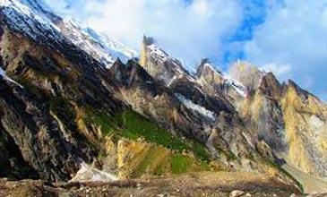 Naltar - Pakore Trek Tour