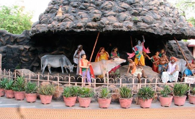 Vaishno Devi - Haridwar - Rishikesh - Mathura Vrindavan - Gokul Barsana - Govardhan Tour