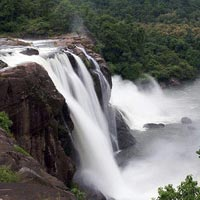 Hill Station and Waterfalls Tour of Kerala