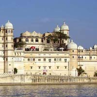 Golden Traingle With Mesmerising Rajasthan Tour