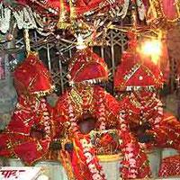 Delhi - Mata Vaishno Devi - Amritsar - Chandigarh Tour 5 Days Tour