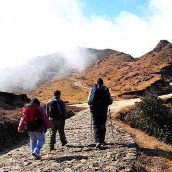 Darjeeling Sandakphu Trek Tour