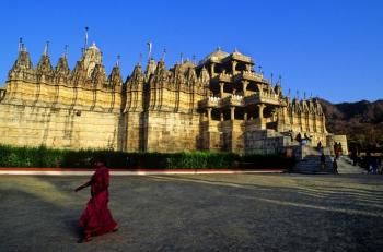 Udaipur Chittorgarh Day Package