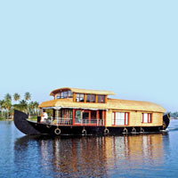 Houseboat Cruise - Alleppey
