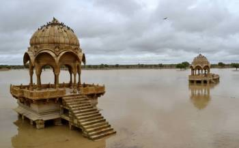 Rajasthan Lakes & Temple Tour
