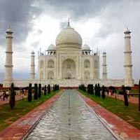 Taj Mahal Tour With Khajuraho Tour