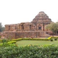 Puri - Konark - Chilika - Bhubaneswar Tour- 4 Days 3 Nights