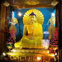 In the footsteps of Buddha Tour