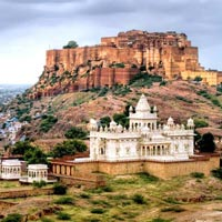 Discovering Golden Triangle Tour