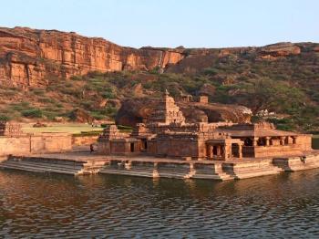 Exotic Karnataka Tour Package