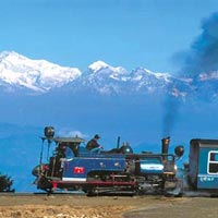 09 Nights 10 Days - Darjeeling (2 Nights), Pelling (2 Night), Gangtok (2+1 Nights), Lachung Tour