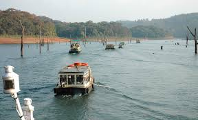 Kerala Tour Package Cochin, Periyar and Kumarkom Tour Package