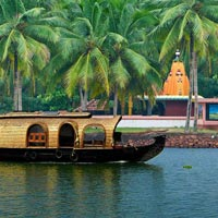 Luxury Train Tour of South India