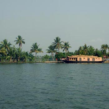 Alleppy-Cochin Tour