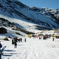 Hampata Pass trek with chandertal Tour