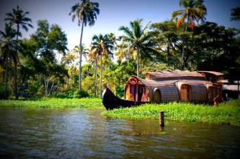 07nights & 08days Kerala Honeymoon Package