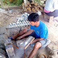 Ban Na Phia (Spoon making village) Tour