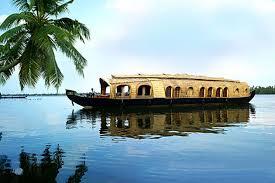 Kumarakom - Houseboat Tour Package