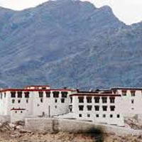 Briding trip of Ladakh 7 night 08 days Package