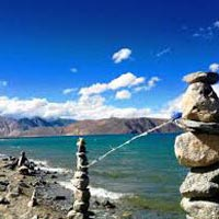 Briding trip with Nubra Pangong - Tsomoriri Tsokar lake. Tour