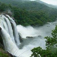 Kerala monsoon Tour Package 4 Nights 5 Days With Free Ayurvedic Massage