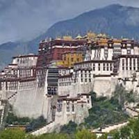04 Days Tibet Travel Packages