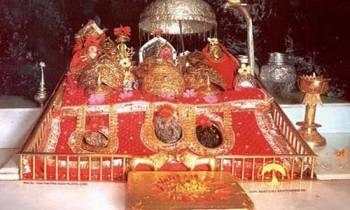 Vaishno Devi Katra with 6 Devi Yatra Tour