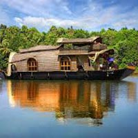 Kerala Luxurious Honeymoon Tour