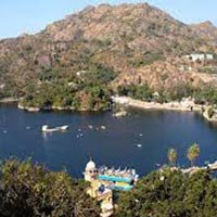 Mesmerizing Mount Abu Tour Package