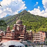 Himalayan Glamour Refreshing Rajgarh Valley In Himachal Pradesh Tour