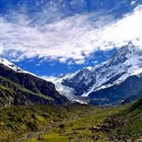 Trek To Pindari Glaciers (Kumaon Himalayas) Tour