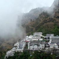 Patnitop - Katra - Jammu package
