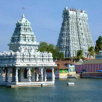 Munnar - Thekkady - Alleppey - Kovalam - Kanyakumari - 6N 7 D Tour