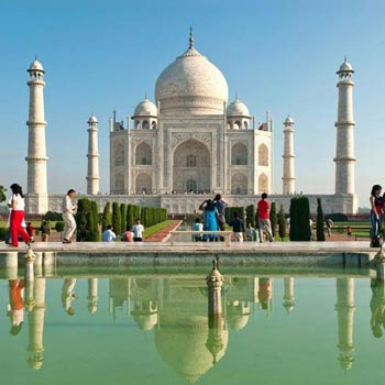 Vrindavan Agra Tour Package
