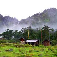 Darjeeling - Gangtok - Yumthang Valley - Pelling 9N/10D