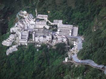 Scenic Kashmir with Vaishno Devi Darshan Package