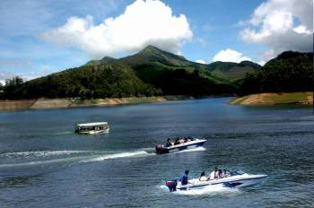 Thekkady Tour Package