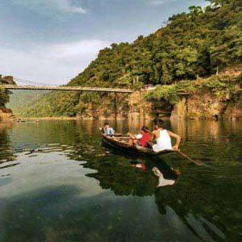 5 Days Guwahati - Shillong - Cherrapunjee - Mawlynnong Tour