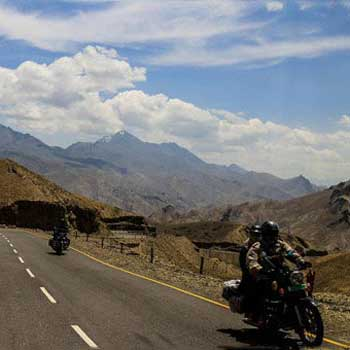 Ladakh Road Opened Tour
