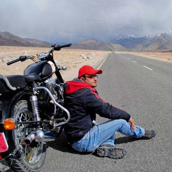 Motorbike Trip to Ladakh 10 Days Tour