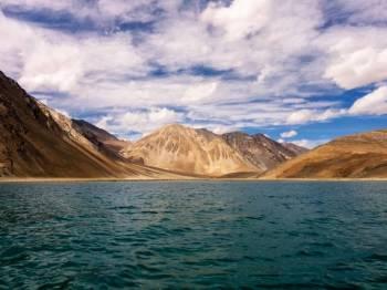 Jannat E Kashmir with Mesmerising Ladakh Tour