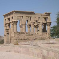 Private Tour: Pyramids and Nile Tour Package by Train 7 NIGHTS