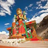 Thrilling Leh-Ladakh Tour Package