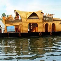 Kumarakom Backwaters and Alleppey Houseboat Package