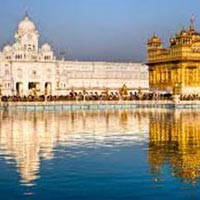 Golden temple with Buddhist Pilgrimage Tour Package