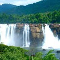 The Niagra Falls Of India At Athirapally, Kerala Tour